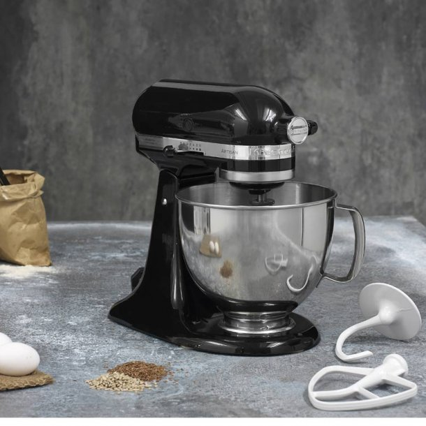 KitchenAid Mixer Artisan 4,8 l. - sort