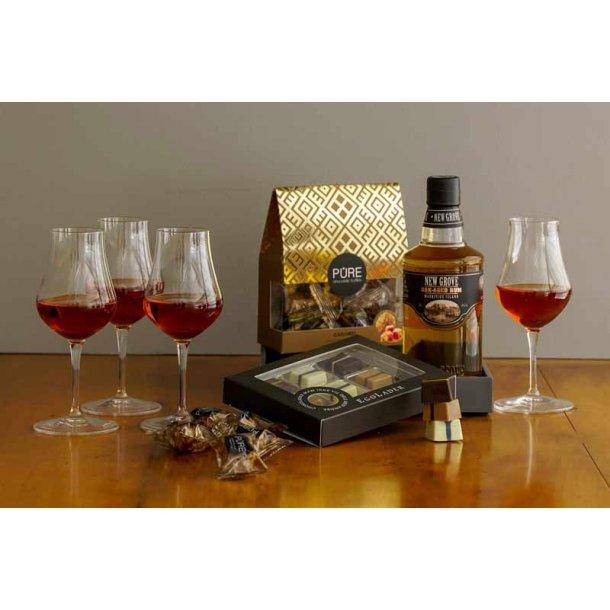 Årets gave med ROM & 4 glas