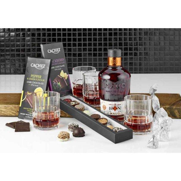 Gaveæske med ROM glas & chokolade
