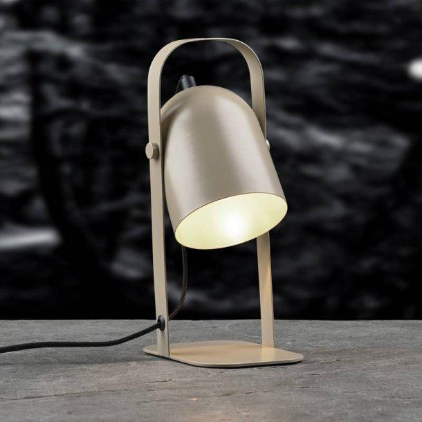 Bordlampe  sandfarvet jern - Villa Collection